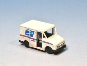 Z Scale Grumman LLV Delivery Truck Kit by Showcase Miniatures (4036)