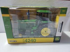 JOHN DEERE 4240 Toy Tractor PRESTIGE EDITION ERTL 1:16 scale NIB