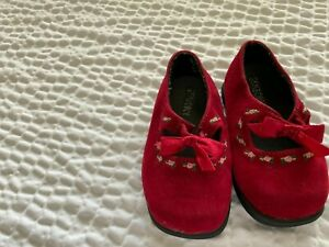 GYMBOREE Red Crib Dress Shoes  Pink Flowers Mary Jane Size 2