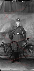 Vintage snapshot NEGATIV !! WW2 Militaria Police Polizei Steyr Fahrrad bicycle