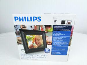"Philips 8FF2FPB 8"" 800x600 Resolution 4:3 Digital Photo Frame Black"