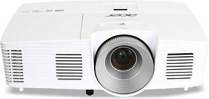 Acer H5380BD 3D 3000 Lumens Projector HD Ready Low Use