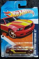 2010 Ford Mustang GT #144 w// Window Banner 2011 Hot Wheels A13