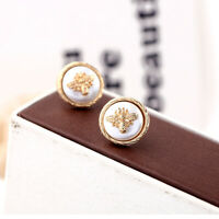Earrings Nails Golden Studs Round Pearl White Bee Insect Bug Retro NN6