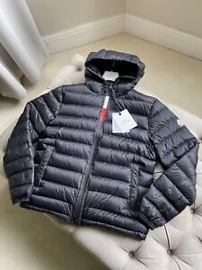 Moncler jacket size 4 (large) | brand new
