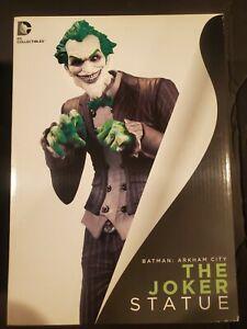 Batman: Arkham City The Joker Statue