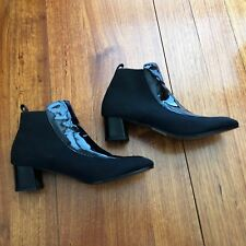 "WOMEN'S BLUE ILLUSION ""PHOENIX"" BLACK LEATHER ANKLE BOOTS - SIZE 40 - AS NEW"