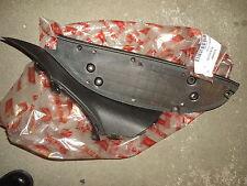 Reposapiés izquierda , gris para Aprilia Scarabeo 125-200 cc Original AP8139584