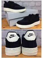 NIKE UK 13 EU 31.5 AIR FORCE 1 LOW BLACK WHITE TRAINERS BOYS CHILDRENS LG