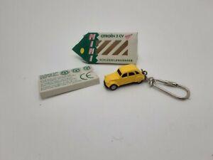 porte clef fritz schlusselanhanger 2cv citroën jaune plastique dur