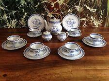 AUGUST WARNECKE - Asiatisches Blumendekor - 21- tlg Teeservice für 6 Personen