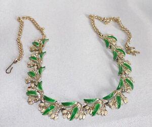 Vintage Exquisite Green Enamel Leaf & Flower Necklace Necklet