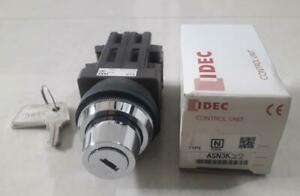 Idec ASN3K22 Control unit Key lock switch NEW