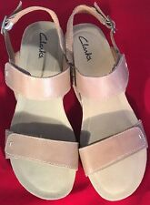 Women's Clarks Alto Disco Tan Leather Platform Wedge Sandals Size 10 W
