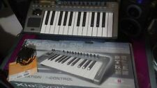 Novation Xiosynth 25. Synthisizer, midi controller, interface with phantom power