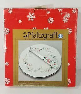 Pfaltzgraff Winterberry cheese tray w/ sculpted slicer Holiday dish set Vintage