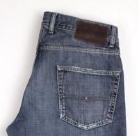 Tommy Hilfiger Herren Brooklyn Regular Gerades Bein Jeans Größe W33 L30 ARZ1125