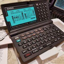 CASIO EXECUTIVE BOSS DIGITAL DIARY SF-5580-w PDA ILLUMINATOR VINTAGE RETRO NUEVA