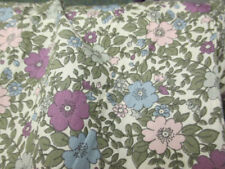 Telas y tejidos color principal verde de flores