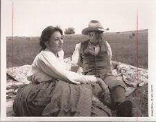 PF Lonesome Dove ( Anjelica Huson, Robert Duvall )
