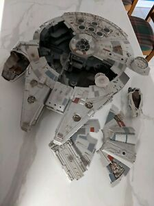 Millennium Falcon 2008 Hasbro Legacy Edition all original