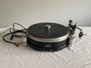 ARISTON AUDIO RD40 2-Speed Manual Turntable with Linn Basik LV-V Tone Arm - 1983