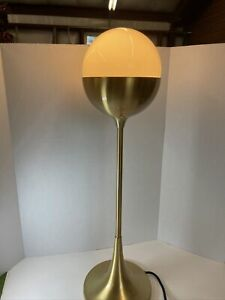 """Safavieh Table Lamp White and Gold Tested Works 27 1/2"""" Tall"""
