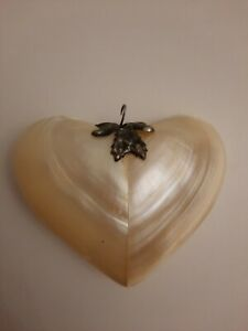 NEW. SHELL . HEART DECORATION.LOVE. GIFT