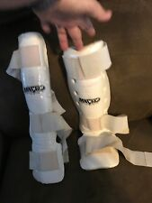 YOUTH - MARTIAL ARTS  SPARRING  PROTECTIVE GEAR -  MACHO - SHIN GUARD'S