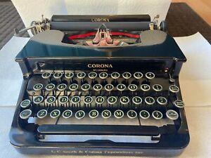 1930's Corona Flattop Typewriter, Black, Pre WW2 Smith Corona Standard