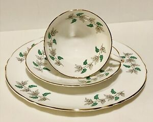 GREEN GRAPES CROWN STAFFORDSHIRE ENGLAND TEA CUP, SAUCER, PLATE TRIO