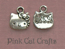 10 x HELLO KITTY CAT FACE Tibetan Silver Charms Pendants Beads