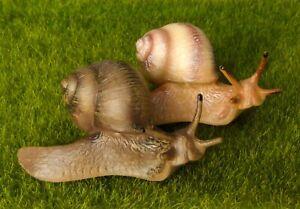 Lifelike Large Snail Fairy Garden Terrarium Lawn Decor Figurine Animal Toy