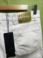 ESCADA Munich Women 36 J223 Stretch-Denim Skinny Jeans Gold Badge. SAKS 5th Ave.