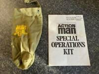 VINTAGE HASBRO/PALITOY ACTION MAN SPECIAL OPERATIONS KIT BAG & LEAFLET
