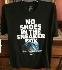 Reebok super soft Men's t-shirt Nwt Size Medium Free Shipping No Shoes