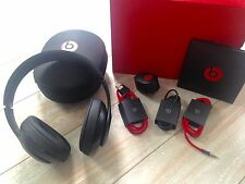 Beats by Dr Dre Wireless Studio  Over-the-Ear Headphones Matte Black B0501 As Is