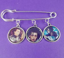 EDWARD SCISSORHANDS KILT PIN johnny depp tim burton goth punk emo scene scissors