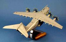 Airbus a 400 m atlas woodmodel 1:100 Armee de l 'Air/avion/Aircraft/yakair
