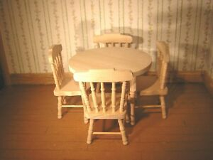 1/12th Dollshouse Miniature Barewood Round Table and 4 Chairs