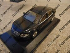 Minichamps VW Phaeton Black 400051002 1:43 - Missing Sleeve