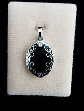 Anhänger Medaillon/Amulett oval mit Gravur für zwei Bilder  in Silber 835/000