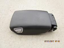 06 - 10 VOLVO S60 2.5T 2.5L CENTER CONSOLE CUP HOLDER & ARM RESTER LID GRAY
