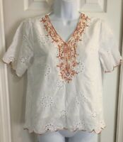 Womens White eyelet top shirt blouse by so peria Medium embroidered  Neckline