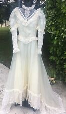 Vintage 80s Wedding Dress Gown Classic Victorian A-line Theater Lace XS