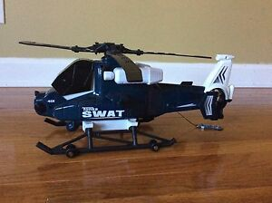 "Tonka Toy Swat 401 Military chopper helicopter decor 18.5""  2011 hasbro Vietnam"