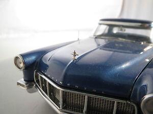 1/43 Franklin Mint 1956 Lincoln Continental Mark II Metal Hood Ornament Emblem