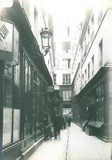 Cliché du vieux Paris 2eme rue Saint Denis passage basfour 1900
