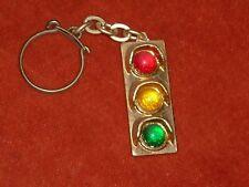 Porte-clé Feux tricolore VERT orange Rouge circulation routière fond OR gendarme