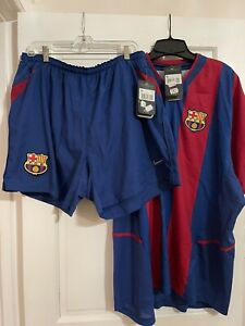 futbol jersey and shorts size XXL height 193